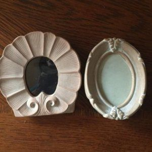 Bundle of 2 small terrra cotta frames